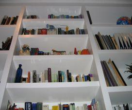 Bücher entsprecend exponieren