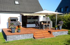 terrasse-im-sommer